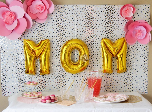 simple mothers day backdrop
