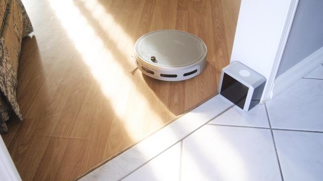 bObi robot vacuum