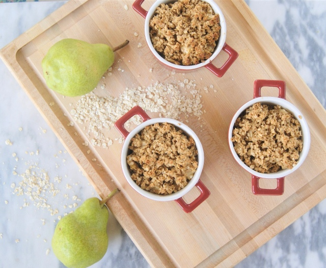 Instant oatmeal pear crisp